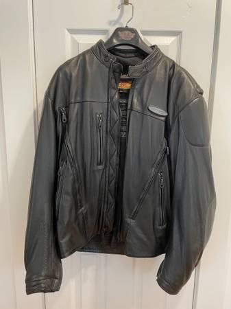 Photo Mens Harley Davidson Leather Jacket - $60 (James Island)