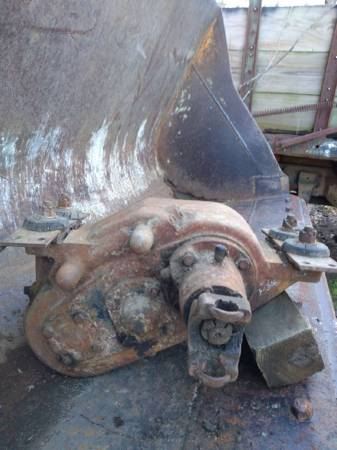 Photo NP 205 Divorced Transfer Case (for Ford Trucks) - $600 (Vidalia)