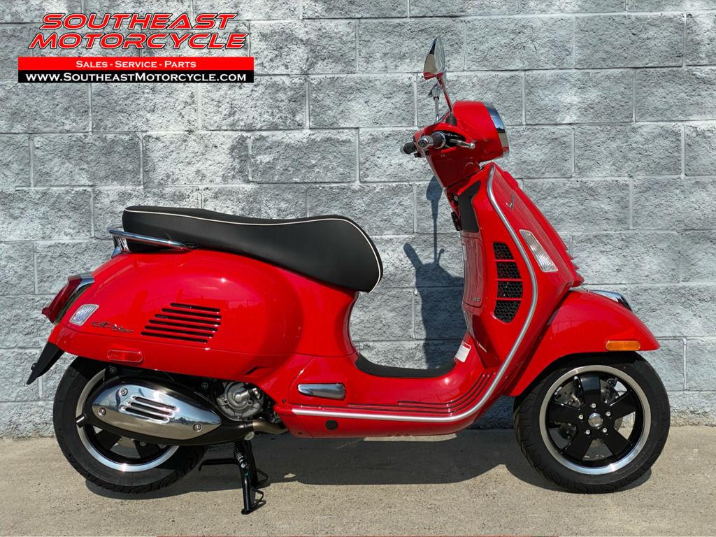 Photo 2020 Vespa GTS 300 Super HPE ABS $7199