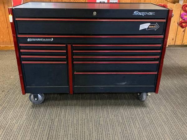 Photo snap on 54 11 drwer rolling tool box - $2500 (vidalia)
