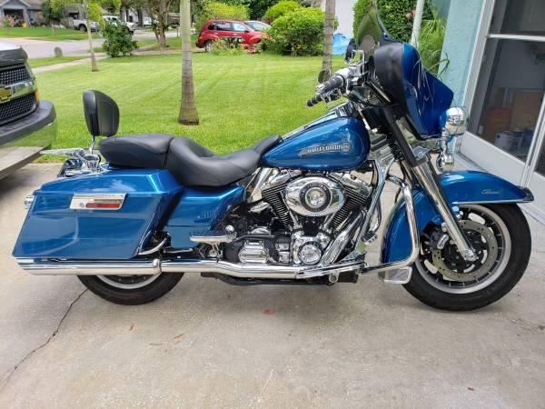 Photo 2005 Harley Davidson Electra Glide Classic - $7,000 (Port Orange)