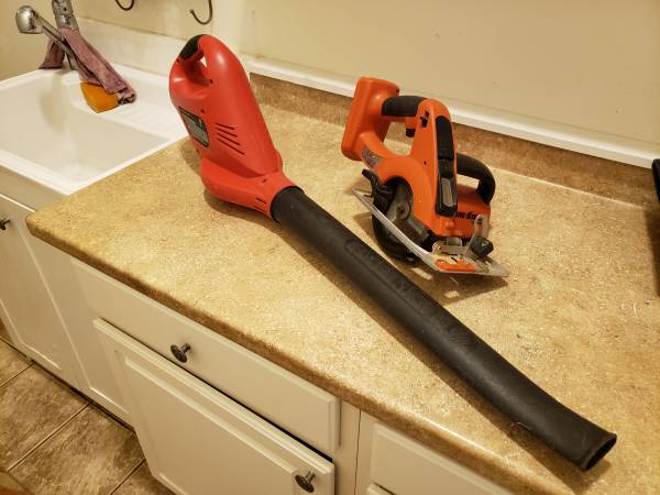 Photo Black and Decker 18v Firestorm tools - $10 (st aug)
