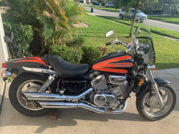 Photo HONDA MAGNA 750 For Sale - $3,200 (St. Augustine)