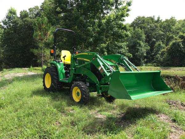 Photo John Deere 3033R Tractor w Loader - $26999 (Call Terry (904) 460-4895)