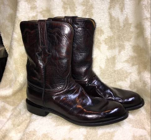 Photo Lucchese Black Cherry Boots - $240