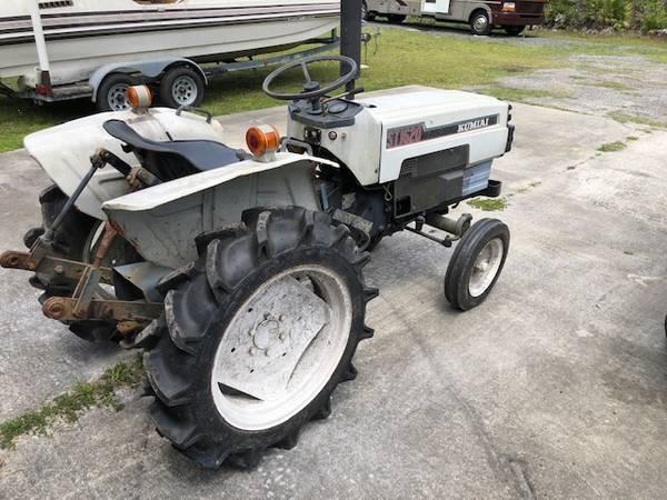 Photo Mitsubishi Diesel Tractor - $3,500 (San mateo FL)