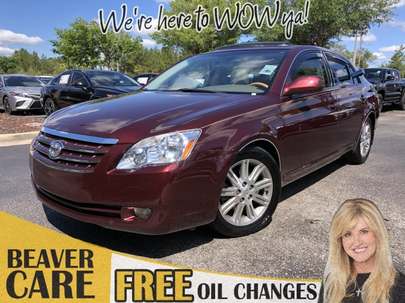 Photo Used 2006 Toyota Avalon Limited for sale