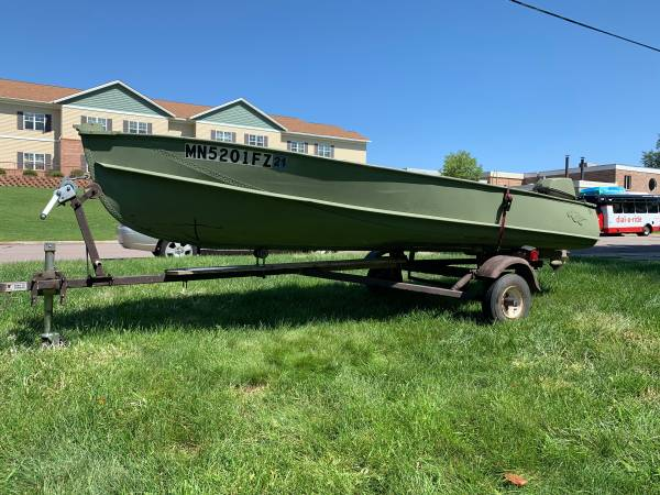Photo 14 Foot Crestliner Boat - $1,000 (Sauk Rapids)