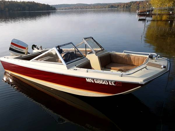 Photo 1979 Crestliner Boat - $995 (Grey Eagle)