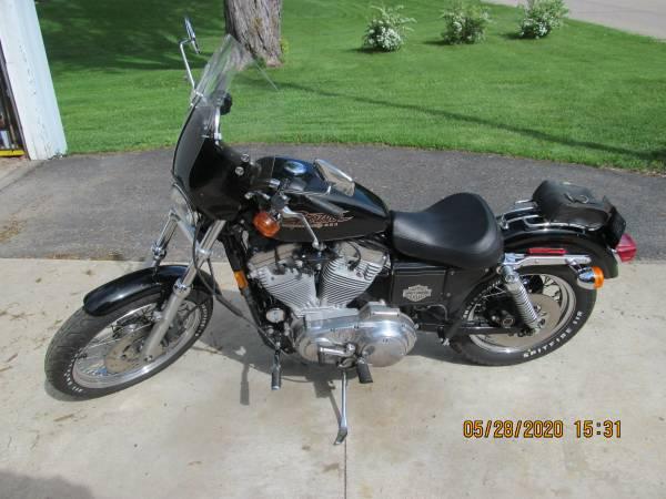 Photo 1998 Harley Davidson 883 Sportster - $3,150 (Faribault)