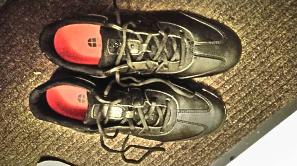 Photo 1 use Mcdonalds work shoes - $35 (Holdingford)