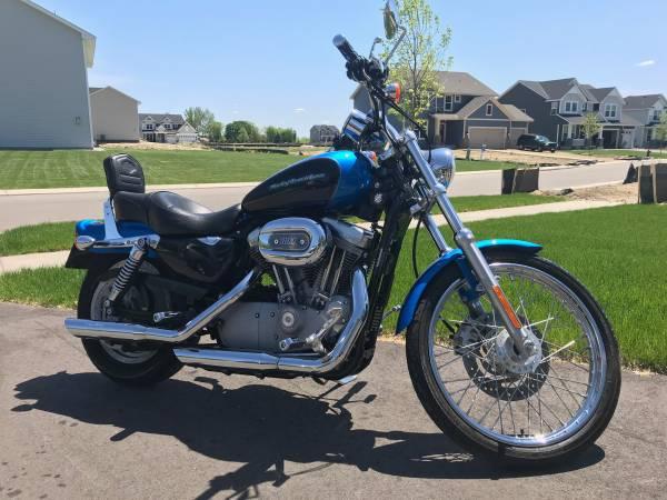 Photo 2004 Harley Davidson Sportster 883 Custom - $4,000 (Otsego)