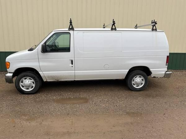 Photo 2005 Ford E250 Cargo Van - $7,300 (Sartell)