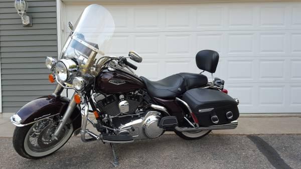 Photo 2007 Harley Davidson Road King Classic - $9,950 (Sartell)