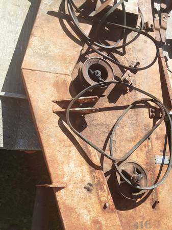 Photo INTERNATIONAL - IH Belly Mower - 3160a Mower Deck - $250 (Wadena Area)