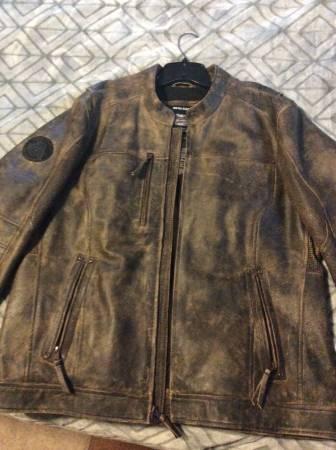 Photo Mens Harley Davidson leather jacket - $175 (Albany)