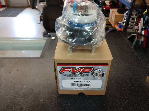 Photo NEW Front Wheel Bearings Hubs for GM Cars - $60 (Bethel)