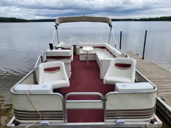 Photo Previously Refurbished 2039 Pontoon Boat 2005 60 HP EFI 4-STROKE Motor - $9,900 (Remer, MN)