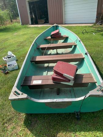 Photo Trailer with pipestone boat,eagle depth finder,swiveling seats, tongue jack - $300