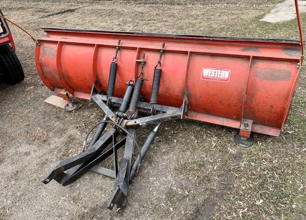 Photo Used 839 Western snow plow - $600 (Glenwood)