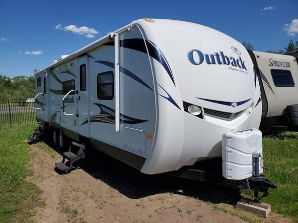 Photo Used Outback RV Bunkhouse Travel Trailer Aluminum Frame Fiberglass Ext (Saint Cloud)