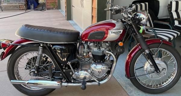 Photo 1970 TRIUMPH T-120 650cc BONNEVILLE - $9,500 (Prescott)