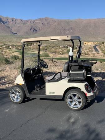 Photo 2015 E-Z-GO Golf Cart - $6,500 (Gold Canyon)