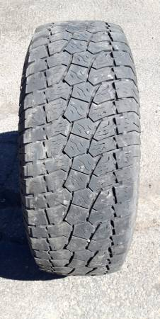 Photo 31x10.50-15 Truck Tire - $35 (Cedar City)
