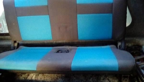 Photo 92 Geo Tracker Rear Bench Seat - $200 (Diamond Valley)