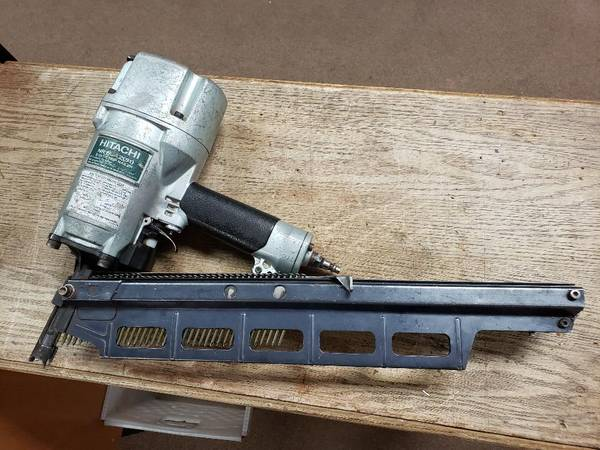 Photo HITACHI NR83A2 FRAMING NAIL GUN - $199 (Hurricane, 72 West State Street)