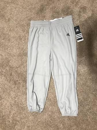 Photo Kids Baseball Pants Adidas YL - $10 (St. George)