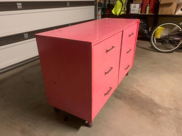 Photo Pink Dresser - $100 (St. George)