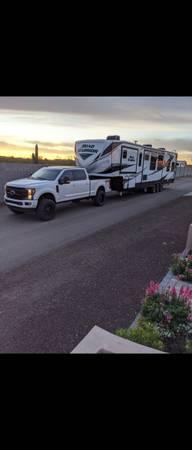 Photo Toy hauler 2020 Heartland Road Warrior 4275RW - $85,000 (Queen Creek)