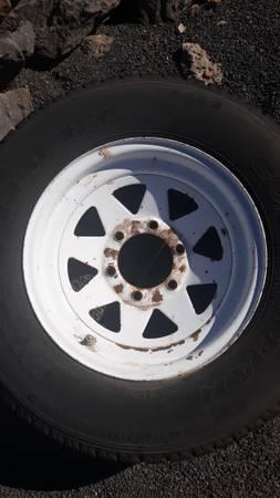 Photo Truck Spare Tire and Rim - $25 (Hurricane)