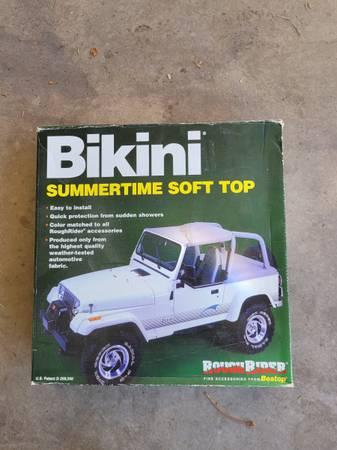 Photo YJ Jeep Bikini Top - $30 (Saint George)