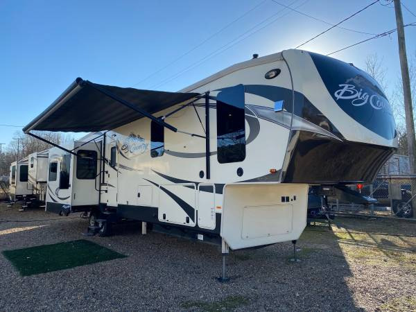 Photo 2016 Heartland Big Country Mid Bunk M-3850MB 5th Wheel RV - $34,900 (HOT SPRINGS)