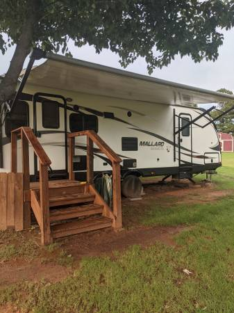 Photo 2017 Heartland Mallard M27 bumper pull travel trailer - $19,000 (Tuttle)