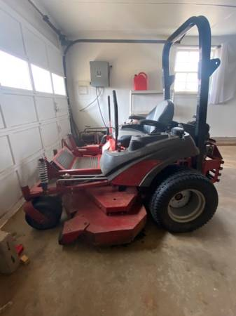 Photo 61 Zero Turn Commercial Mower - Ferris IS 3100Z - $4900 (Perry)