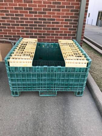 Photo Collapsible Shipping Container Pallet - $100 (Broken Arrow)