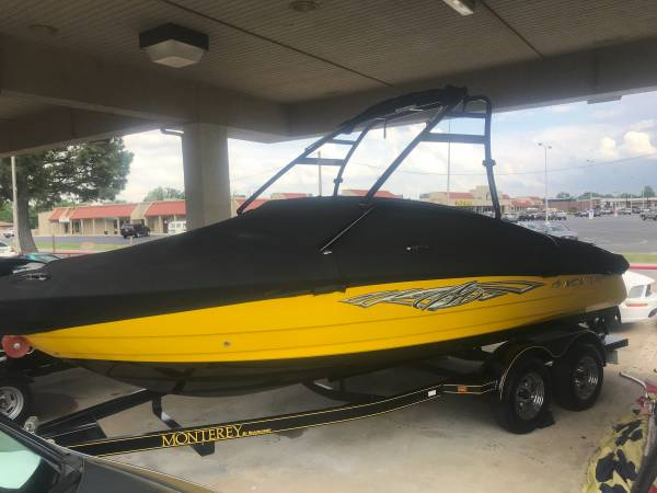 Photo I want to rent your boat for holiday weekends at grand lake - $2,000 (bixby)