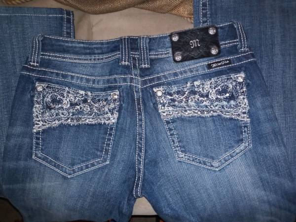 Photo Miss Me Jeans - $40 (Wichita)