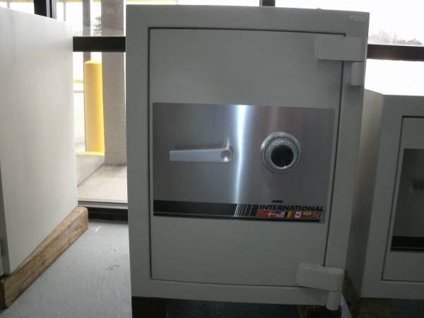 Photo New International Model EV-2417 Safe - $1,800 (N.W. Oklahoma City)