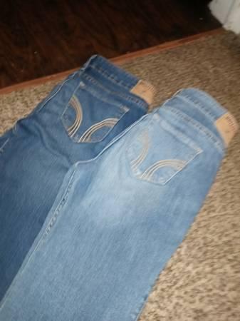 Photo Size 7 hollister jeans 2 pair - $30 (S Wichita)