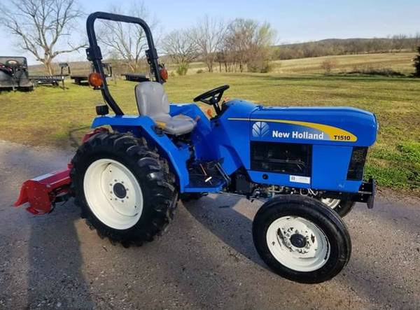 Photo T1510 New Holland Tractor w NEW Tiller - $8500 (Braggs)