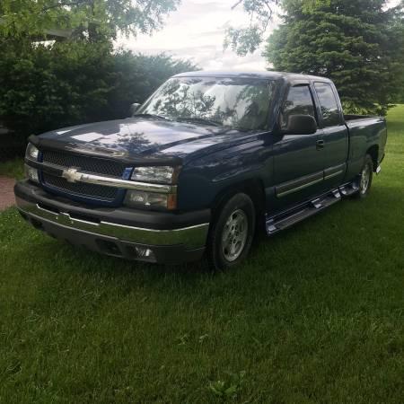 Photo 2004 Chevy Silverado 1500 LS - $6800