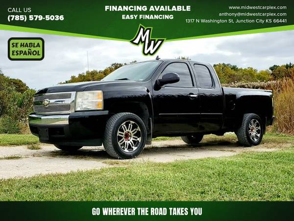 Photo 2007 Chevrolet Silverado 1500 Extended Cab - Financing Available - $9,495 (Junction City)