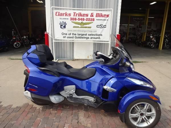 Photo 2012 Can Am Spyder - $12,499 (Clarks)