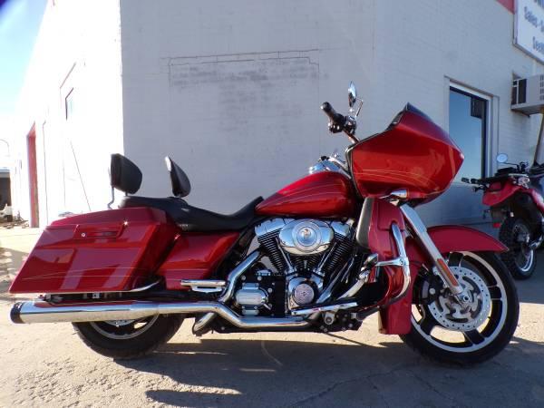 Photo 2013 Harley Davidson Road Glide Custom - $13,900 (Mikes Bikes Gering Ne)
