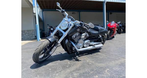 Photo 2015 Harley-Davidson V-Rod Muscle - $11,998 (Kansas City)