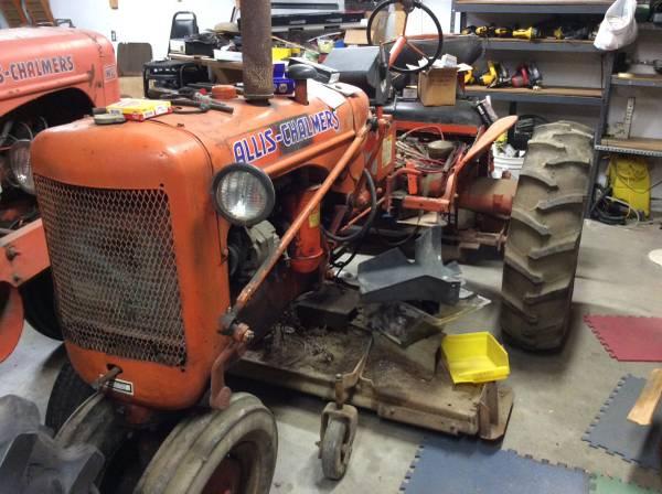 Photo Allis Chalmers tractors models C  WD - $2,200 (FALLS CITY, Ne)
